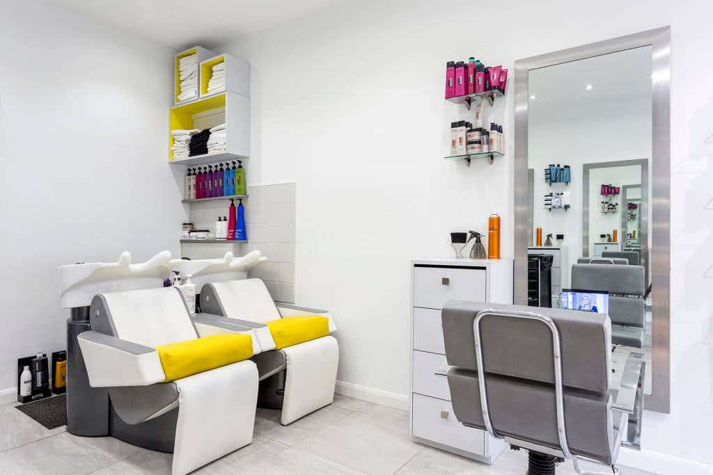 Why_Not_Hairdressing_inside_of_salon_2